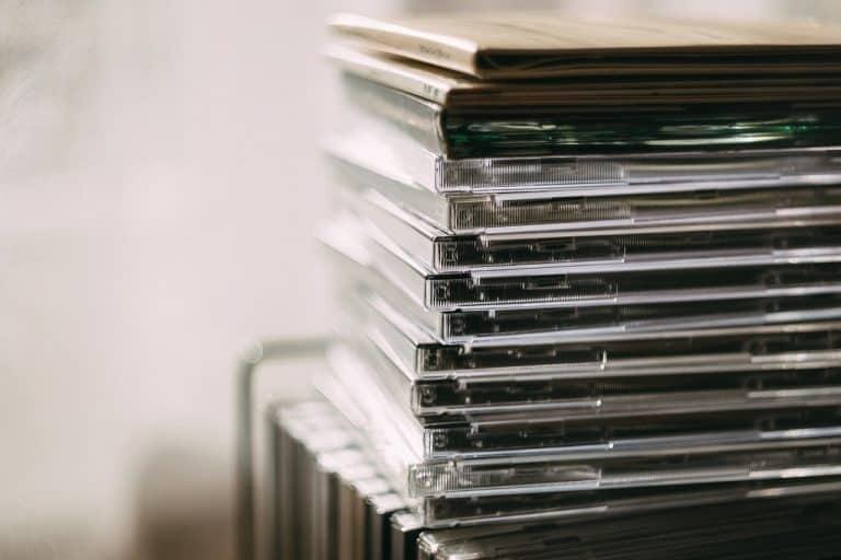 Mehrere CD-Hüllen gestapelt
