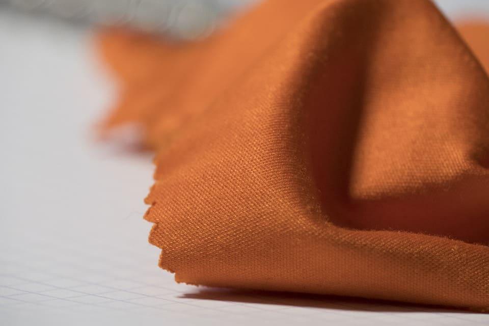 Orangenes Mikrofasertuch