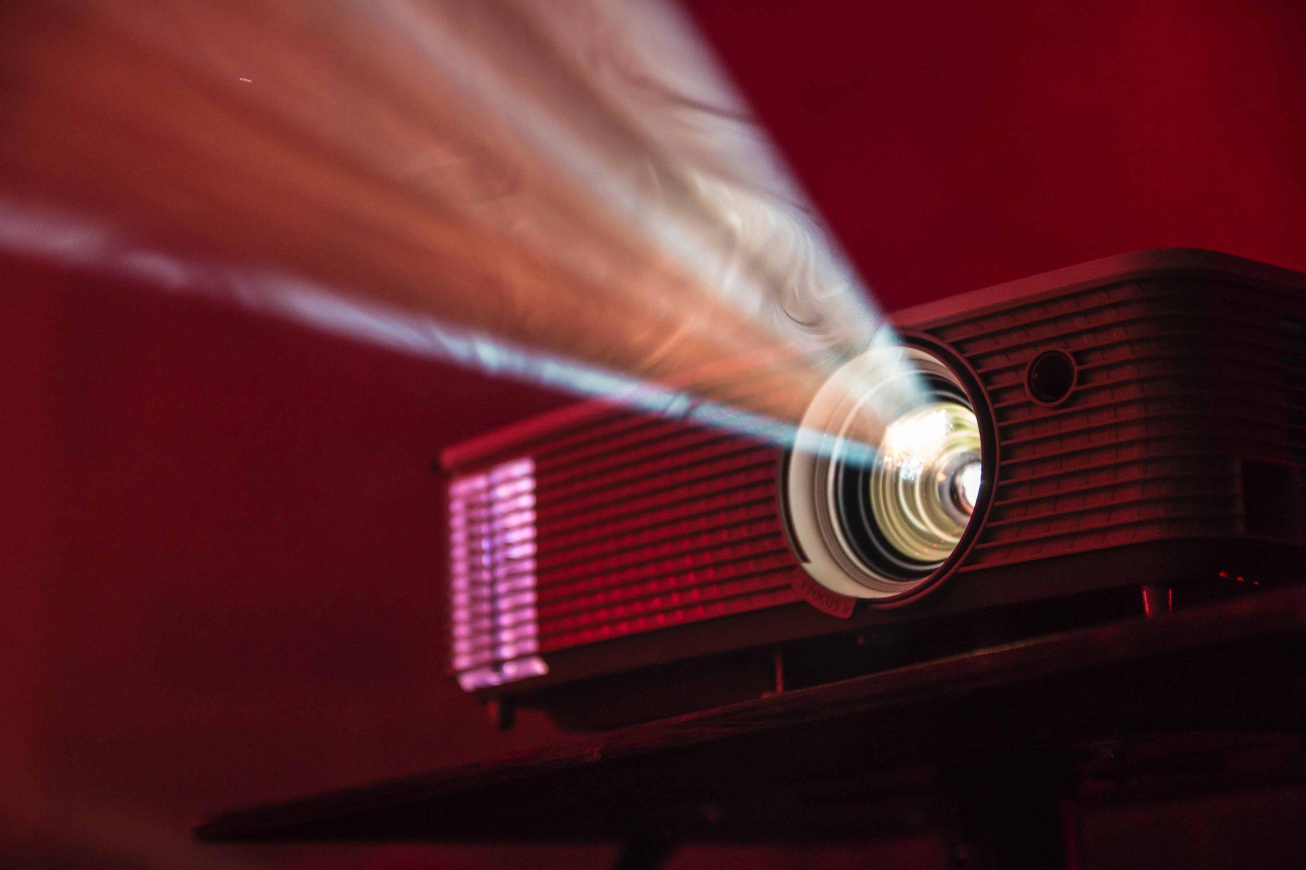 Full HD Beamer: Test & Empfehlungen (04/21)