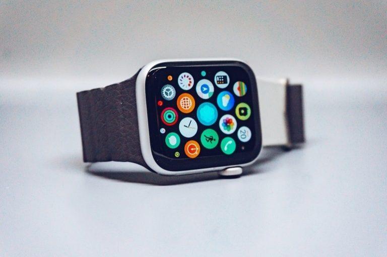 Smartwatch mit Sim-1