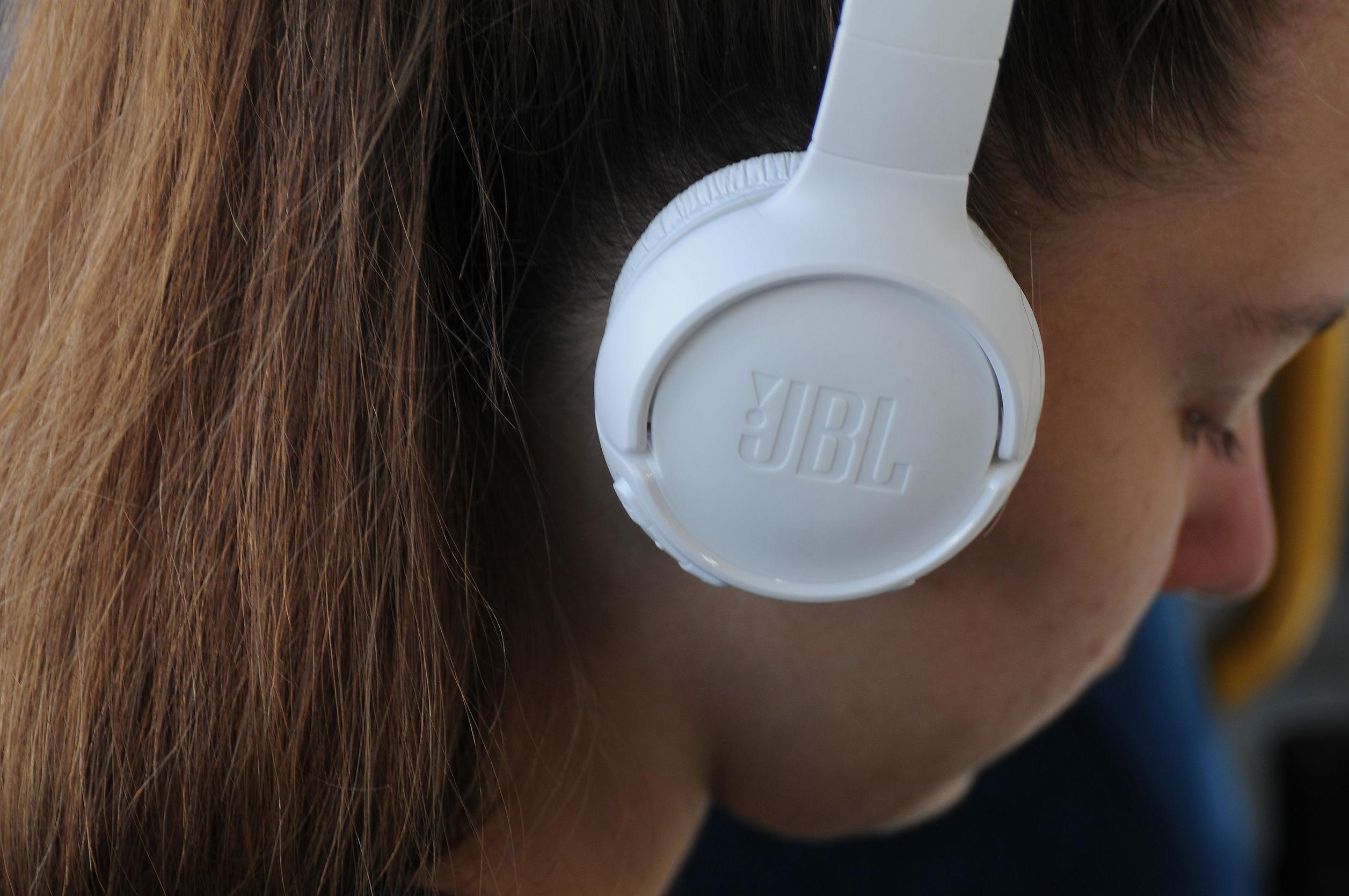 JBL bluetooth Kopfhörer