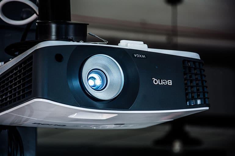 DLP Projektor: Test & Empfehlungen (09/20)