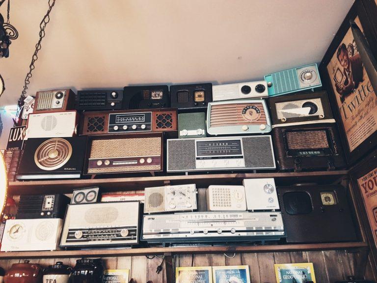 Radio CD Player-3