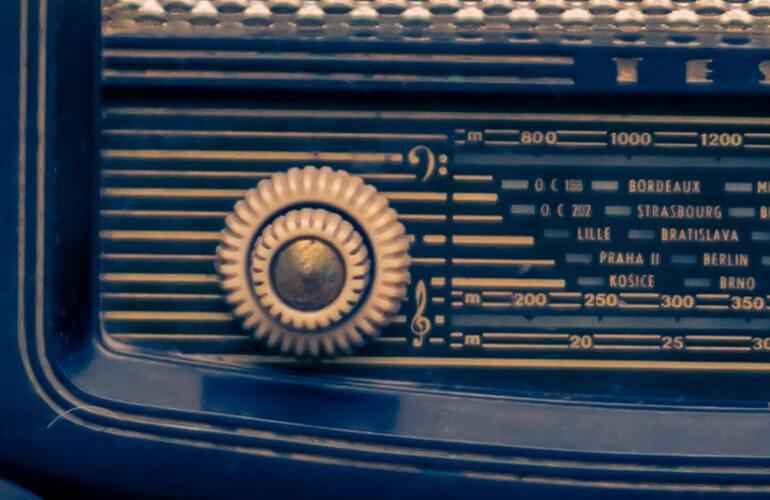 Ausschnitt eines Retro-Radios
